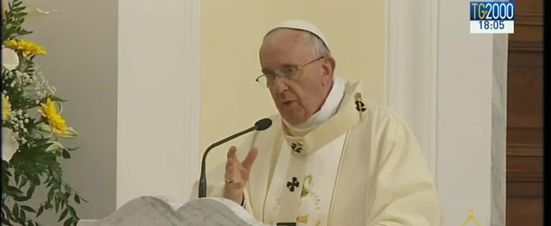 """Papa Francesco:""""Non spelliamo gli altri con chiacchiere e affari sporchi"""""""