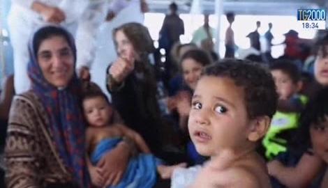 """""""I migranti ci interpellano"""": il messaggio di Papa Francesco per la giornata delle migrazioni"""