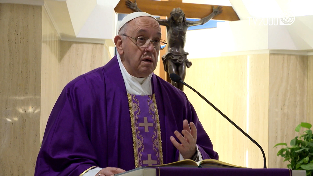 """Papa Francesco, omelia a Santa Marta del 18 marzo 2019: """"Non siate tasche chiuse"""""""