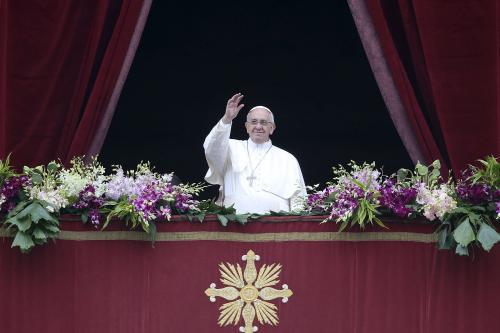 """Papa Francesco nel messaggio Urbi et Orbi esorta al """"coraggio del perdono e della pace"""""""