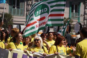 Almaviva: corteo di protesta a Napoli contro licenziamenti