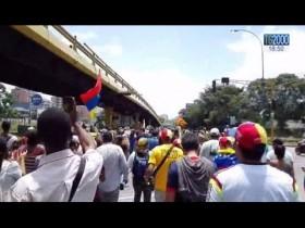 venezuela-senza-pace-due-studenti-uccisi-a-caracas-e-valencia-le-opposizioni-e-una-dittatura
