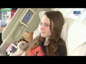 la-regina-elisabetta-visita-i-ragazzi-in-ospedale-dopo-lattentato-al-concerto-di-ariana-grande