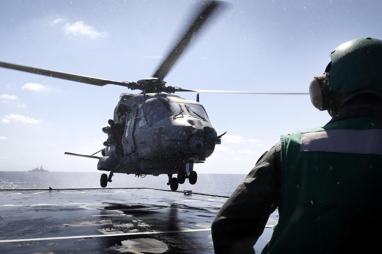 Elicottero Caduto : Elicottero caduto elisoccorso l aquila quot personale
