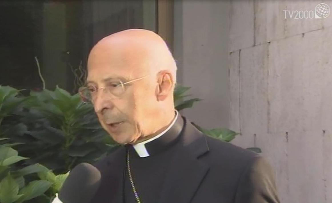"Migranti, card. Bagnasco: ""Grande gratitudine al Papa. Da Diocesi risposta breve a urgente appello"""