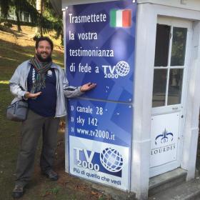 Pellegrinaggio a Lourdes. Il fotoracconto su twitter e instagram di don Dino Pirri