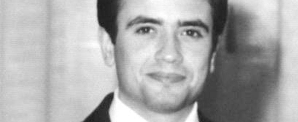 Il postulatore di Rosario Livatino con i diari del magistrato ucciso dalla mafia