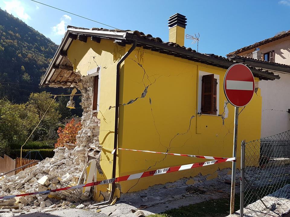 #Terremoto: le foto dell'inviato di Tv2000 Maurizio Di Schino nei luoghi colpiti dal sisma