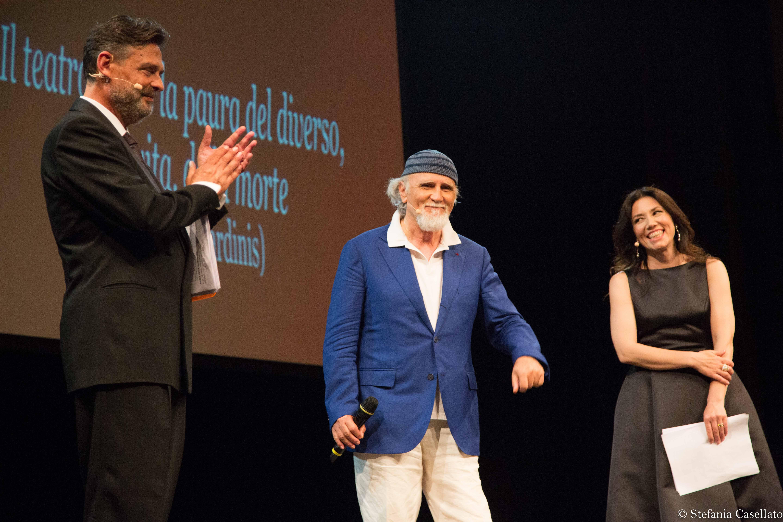 W il teatro, festa per i 10 anni di Retroscena all'Argentina. Foto