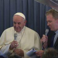 Conferenza stampa aereo Papa Francesco