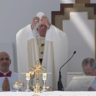 Papa Francesco negli Emirati