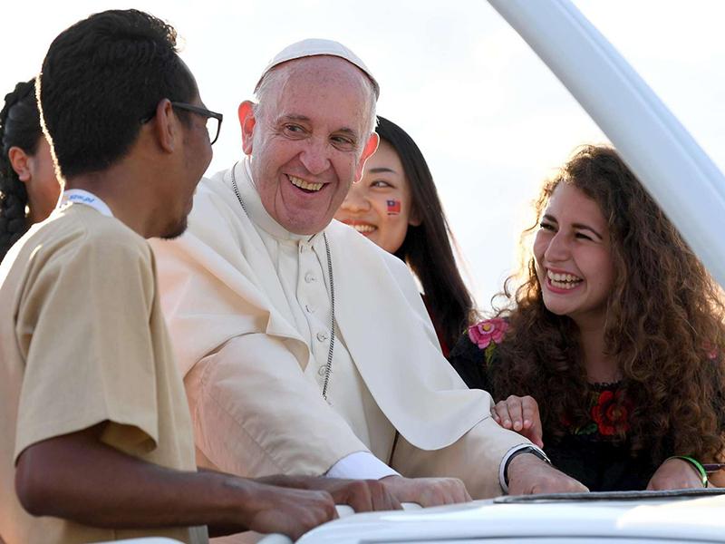 18 ottobre - Sinodo, giovani in cammino con la Chiesa