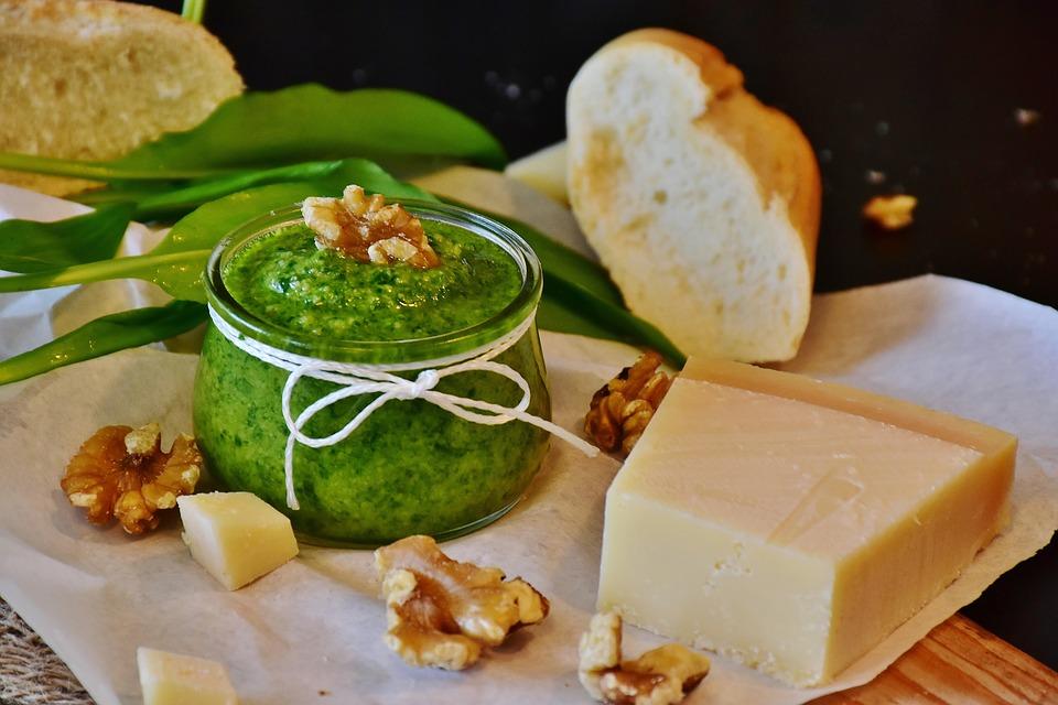 10 giugno 2019 – Pesto fatto in casa,<br> una ricetta tutta italiana