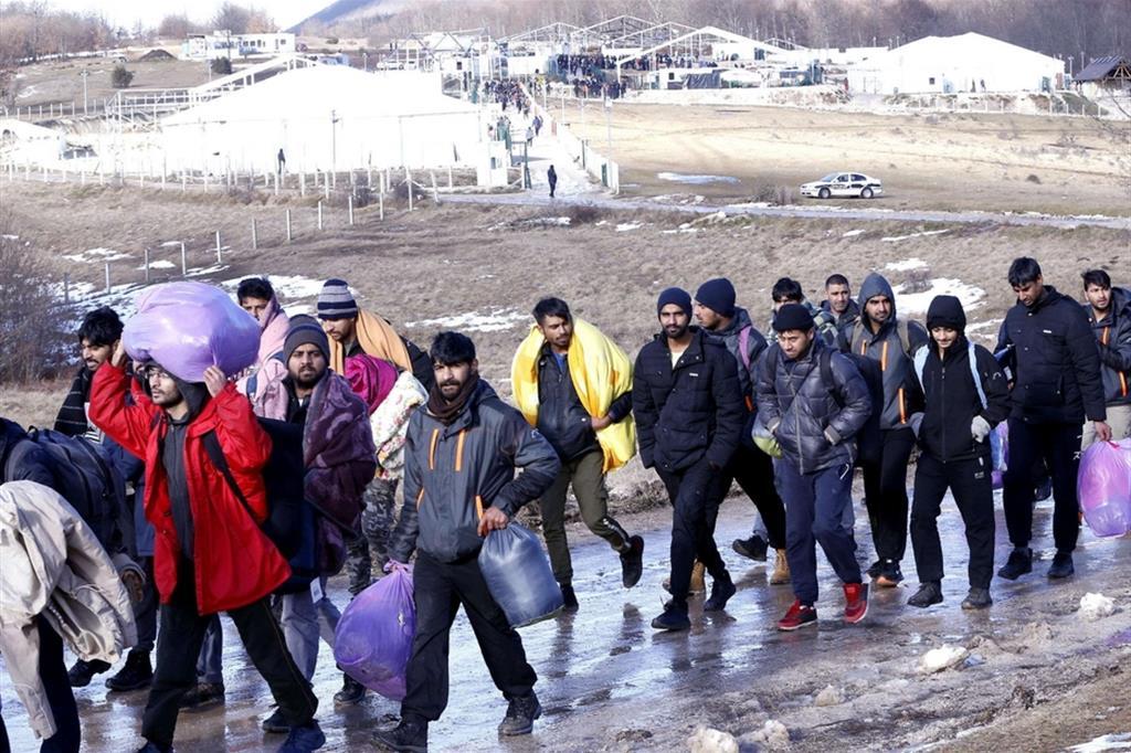 25 gennaio 2021 – Emergenza umanitaria: la tragedia dei migranti nei Balcani