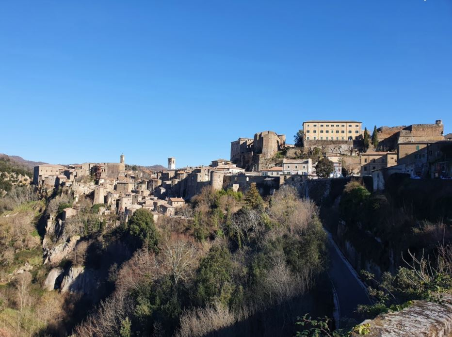 Sorano (Grosseto), il borgo
