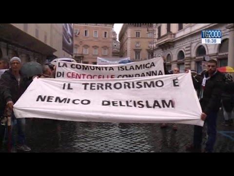 """""""Not in my name"""", a Roma e Milano musulmani in piazza contro il terrorismo"""