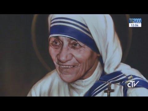 Papa Francesco proclama Santa Teresa di Calcutta, una madre tenera e forte