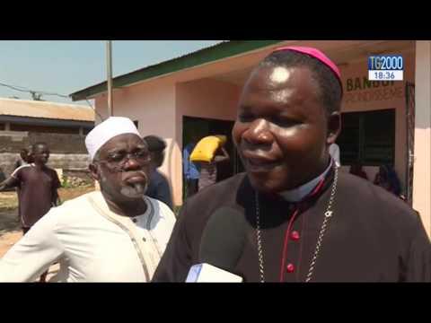 Bangui: la porta santa della Cattedrale si chiude, ma solo formalmente