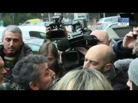 Pescara: l'attesa e la disperazione dei familiari dei 22 ancora dispersi