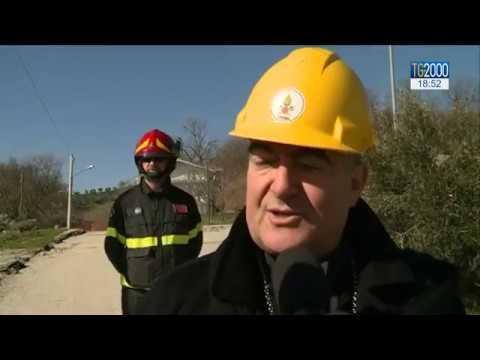 Ponzano di Civitella del Tronto: un metro al giorno sta trascinando via l'intero borgo