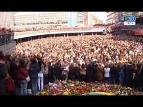 Lovefest, a Stoccolma il ricordo delle vittime dell'attentato. Proseguono le indagini