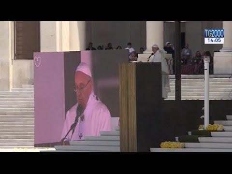 Fatima, Papa Francesco proclama santi i due pastorelli Francisco e Giacinta