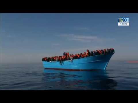 Migranti: cronaca di una giornata drammatica in mezzo al Mediterraneo