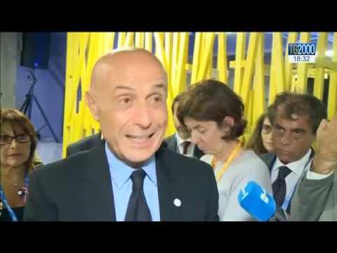 Migranti: il Governo sostiene la scelta del ministro dell'interno Marco Minniti