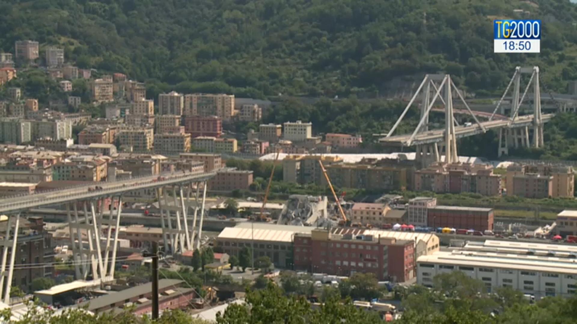 Genova, la Guardia di Finanza sequestra documenti sul Ponte Morandi