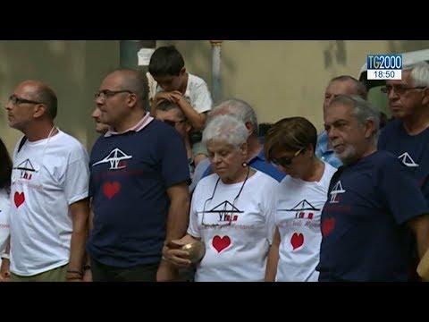 Crollo ponte Genova: ore 11:36 la città si ferma. Il dolore e il ricordo