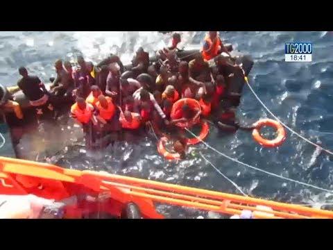 Migranti, naufragio al largo della Spagna: 12 morti e 12 dispersi