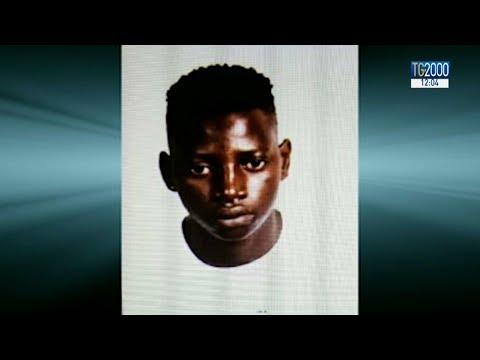 Migranti. Incendio nella tendopoli di San Ferdinando: muore 18enne del Gambia. La sua storia