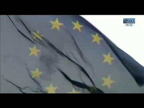Migranti, ricollocamenti: apertura di Bruxelles alle richieste del governo italiano