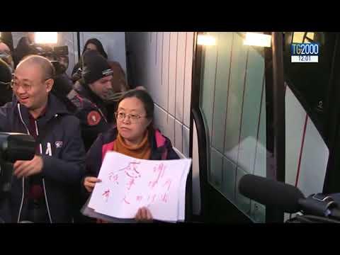 Covid-19 in Italia, dimessi dallo Spallanzani 20 cinesi. Crescono episodi razzismo