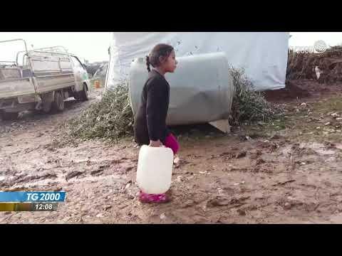 Siria, profughi al confine. Onu: dramma umanitario