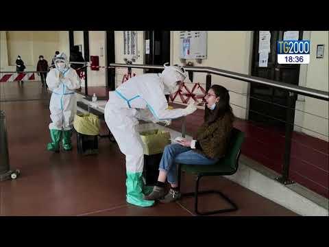 Covid, oltre 326 mila le persone vaccinate in Italia. Timori per terza ondata