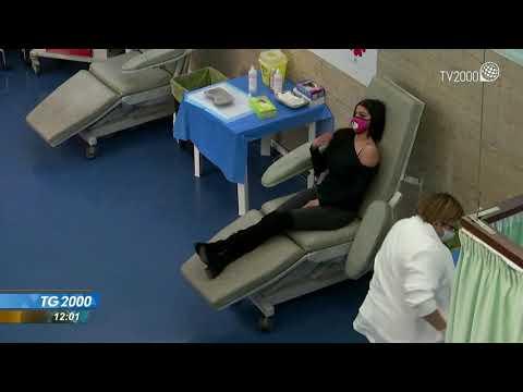 Covid, Italia in bianco ma caos vaccino AstraZeneca