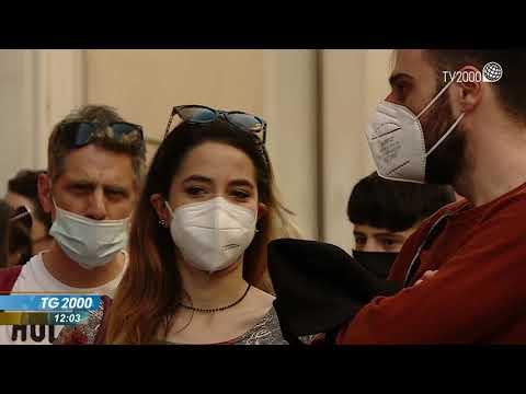 Covid, cala il tasso del contagio. Figliuolo: vaccini per tutti