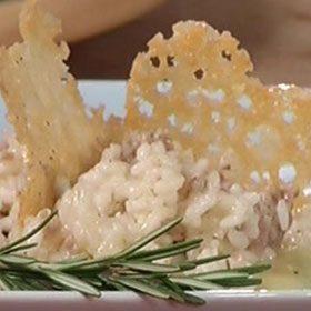 Risotto con tastasàl su crema al parmigiano
