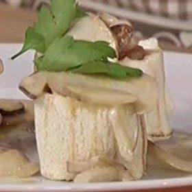 Filetto di vitello con pane in cassetta e trifolato di porcini
