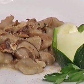 Gnocchetti alle castagne in salsa di porcini