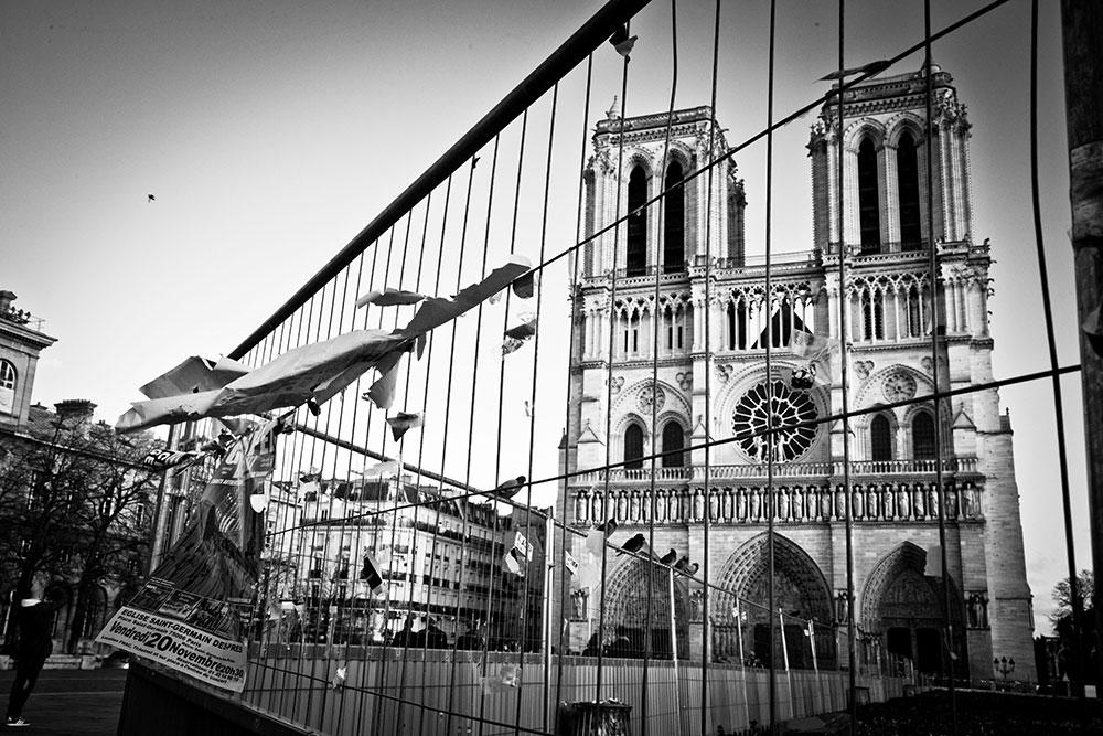 Reportage - Parigi sotto attacco