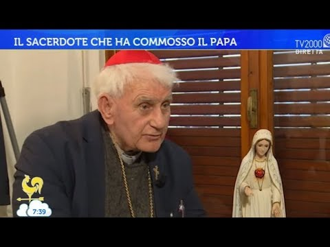 Il sacerdote che ha commosso il Papa